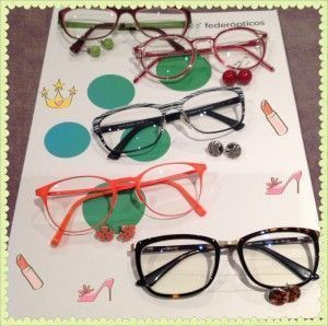gafas y pendientes